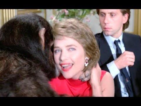 【老电影故事】丈夫发觉妻子行为可疑,原来她爱上了一只猩猩
