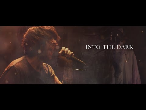 Смотреть клип Flight Paths - Into The Dark