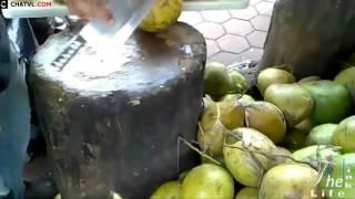 Cách bán và cắt dừa tươi bá đạo ở nước ngoài P1 ( Cut coconut 1 )