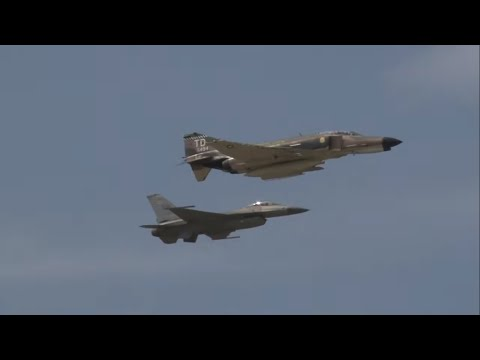 2012 NAS Oceana Airshow - USAF Heritage Flight