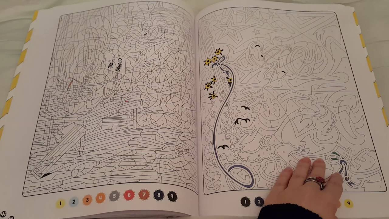 Coloriage Disney Grand Format.Les Ateliers Coloriages Mysteres Mickey Et Ses Amis Grand Format