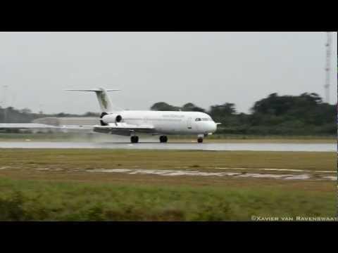 [HD] Dutch Antilles Express Fokker 100 landing at SMJP