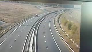 Accident pe autostrada A1 surprins live intre 2 TIR uri de camerele de supraveghere