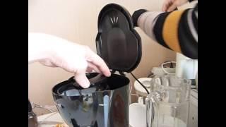 Как варить кофе в кофеварке Maxwell (римейк прошлогодних видео)))(Интернет-магазин Орифлэйм: http://beautystore.oriflame.ru/AUNAORI-SHOP-ONLINE Мой сайт http://aunaoriblog.ru Каталог Орифлейм на моем сайте..., 2014-02-28T16:36:51.000Z)