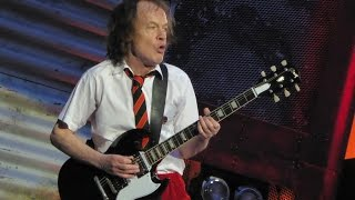 "AC/DC - YOU SHOOK ME ALL NIGHT LONG - Hamburg 26.05.2016 (""Rock Or Bust""-Worldtour 2016)"