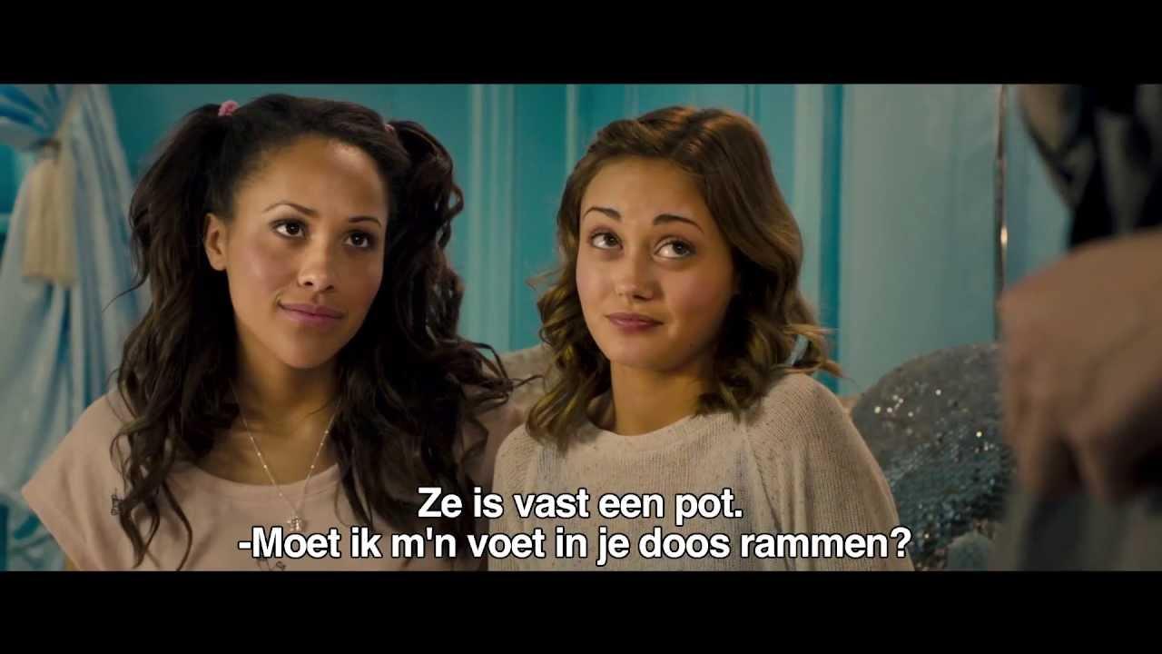 Official trailer KickAss 2   Hit Girl (NL)