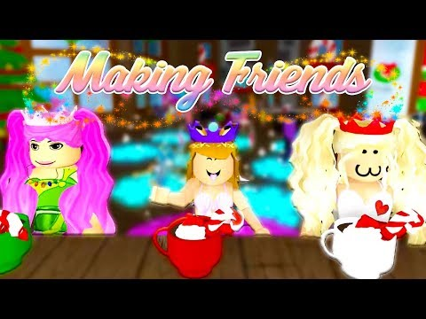 WE'RE MAKING OUR FIRST FRIENDS // Roblox Royale High School #3 w/ Cybernova & Cheridet