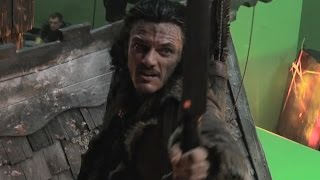 The Hobbit: Battle of the Five Armies Extended Edition: Bard on the Rooftops