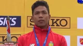 Pengalungan Medali Emas Lalu Muhammad Zohri. Indonesia Menang.