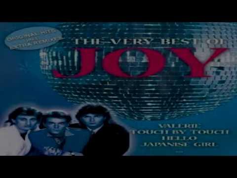 Các ca khúc xuất sắc của Joy như Hey Hello