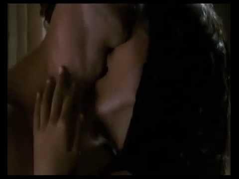 Bárbara Mori & Hrithik Roshan Hot Kiss Kites