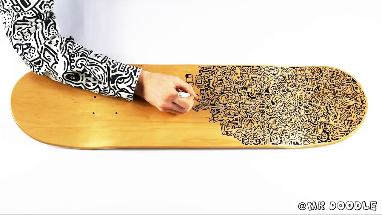 Doodling a Skateboard Deck - YouTube