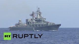 Иностранные журналисты побывали на борту корабля ВМФ России в Сирии