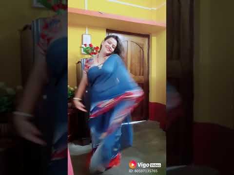 Saree aunty dancing and dubs mash, my vedios. thumbnail