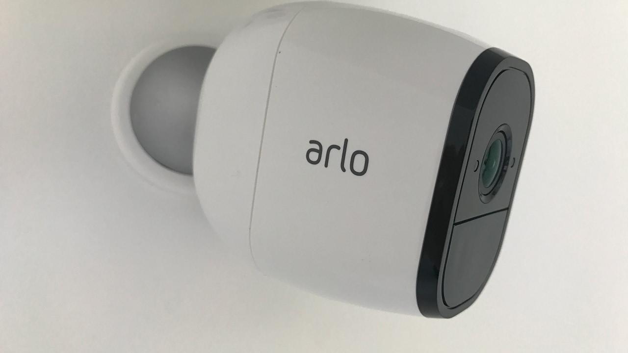 NETGEAR - ARLO PRO Caméra Connectée HD Sans Fil - Test en Français
