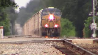 CSXT Q409-31 ES44AH leading and Horn Salutes & ET44AH in the middle just cruising on South