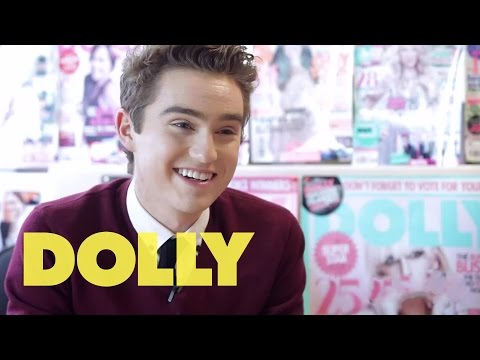 Harrison Craig Answers Your Questions at DOLLY HQ! | Celeb Bites