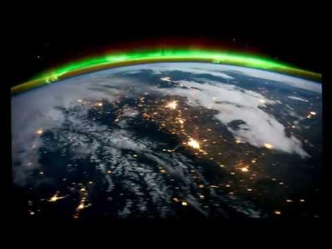 Завораживающее зрелище! Наша Земля из космоса