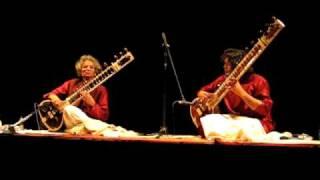 Sitar Duet - Musicians from Varanasi (Benares) India