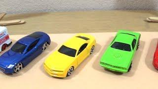Aprender cores carrinho hot wheels tomica maisto vídeo para crianças