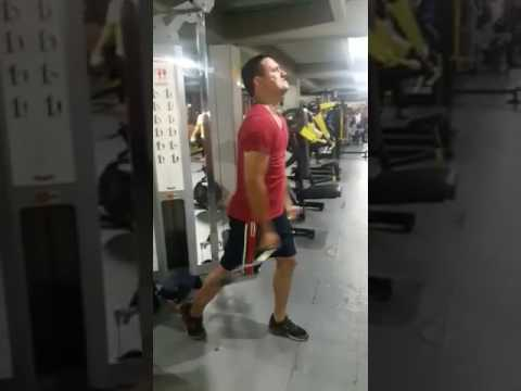 Polea inferior ejercicios pecho con