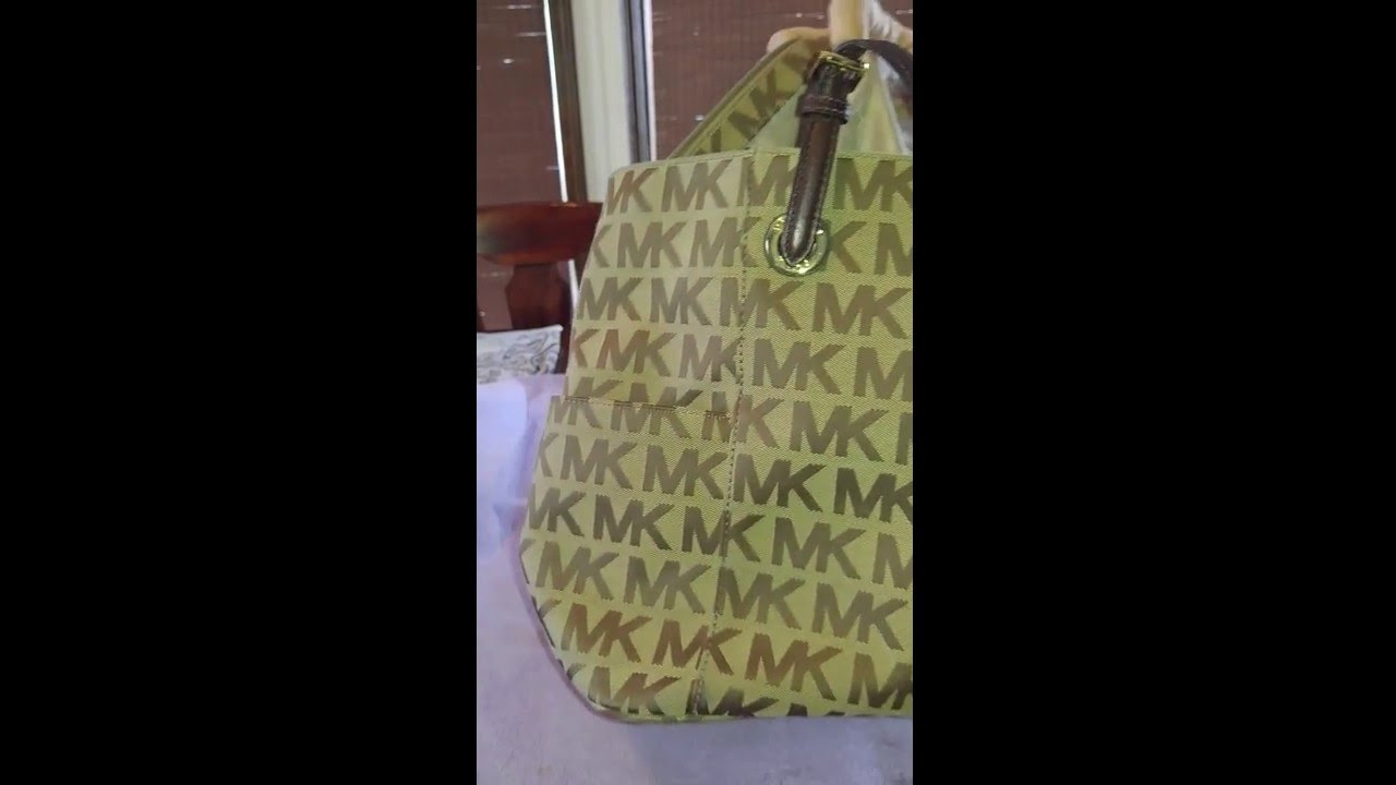 How to clean a Micheal Kors or Coach canvas handbag - YouTube e34e63e733ede