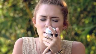 Смотреть клип Miley Cyrus - The Backyard Sessions
