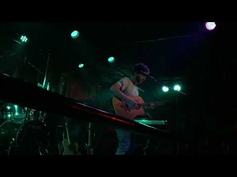 """Octave Lissner playing """"SILVER RAIN"""" live @ An Club, Athens, Greece, 3.2.2018"""