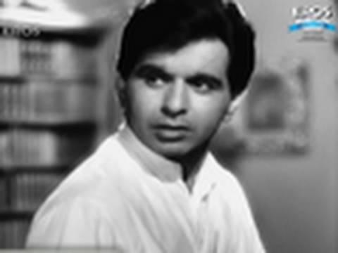 Dilip Kumar and Madhubala in a classic scene - Amar