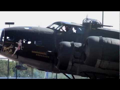 B17 Flying Fortress Memphis Belle Startup and Take off