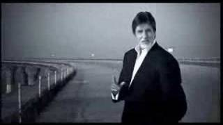 Amitabh Bachchan recites