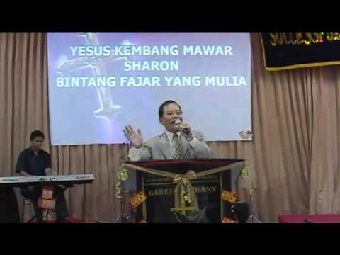 Persembahan puji-pujian dari Pdt Paul Chang.flv
