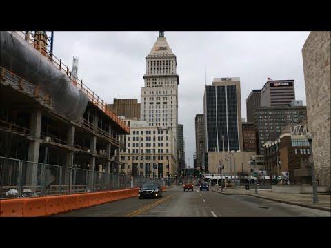 Driving Downtown - 6x Speed - Cincinnati Ohio