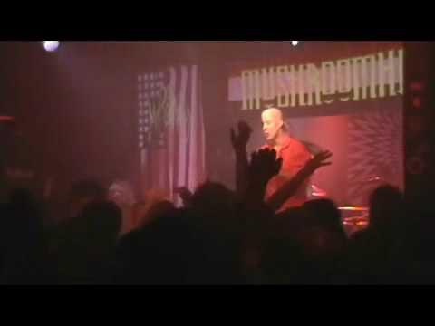 mushroomhead - The New Cult King ft-Jmann & Waylon.mp4