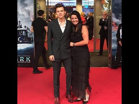 Anne Twist kisses Harry Styles at the Dunkirk premiere in London