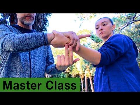 Sandwich Wrist Lock and Thumb Lock - Master Class Core JKD