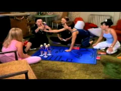 Trailer: Sugar & Spice (2001)