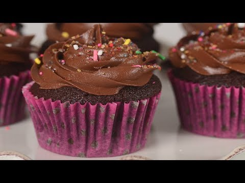 Quick chocolate cupcakes from scratch