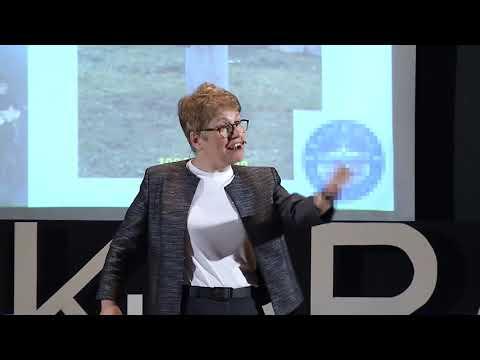 YAŞAMA ANLAM KAT, VAZGEÇME | Sondan DURUKANOĞLU FEYİZ | TEDxYouth@AnkaraFenLisesi