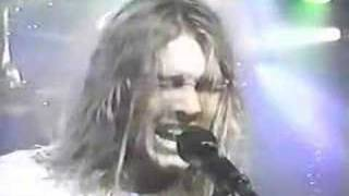 Silverchair playing Tomorrow,in Toronto 1997, this concert was very...