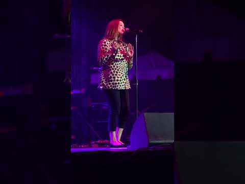 Belinda Carlisle live- vision of you… Sunday, September 3,2017
