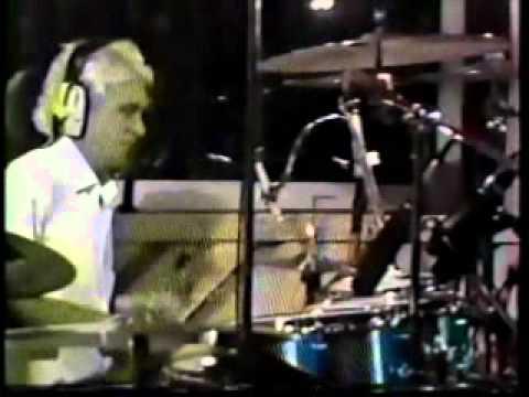 """Titãs no Clip Clip 1986 - Entrevista + """"AA UU"""""""