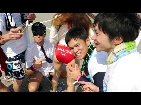 Работа в Японии бывает разная. Пенный марафон и море японочек.