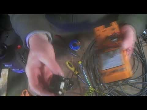 How to repair a vacuum cleaner flex cable lead