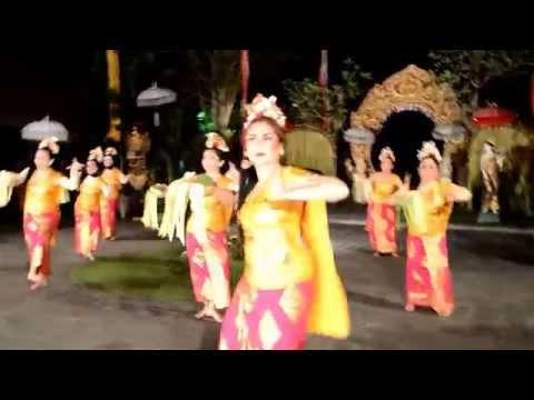 Pendet Dance - Sanggar Tari Bali Rara , Laka Leke - Ubud