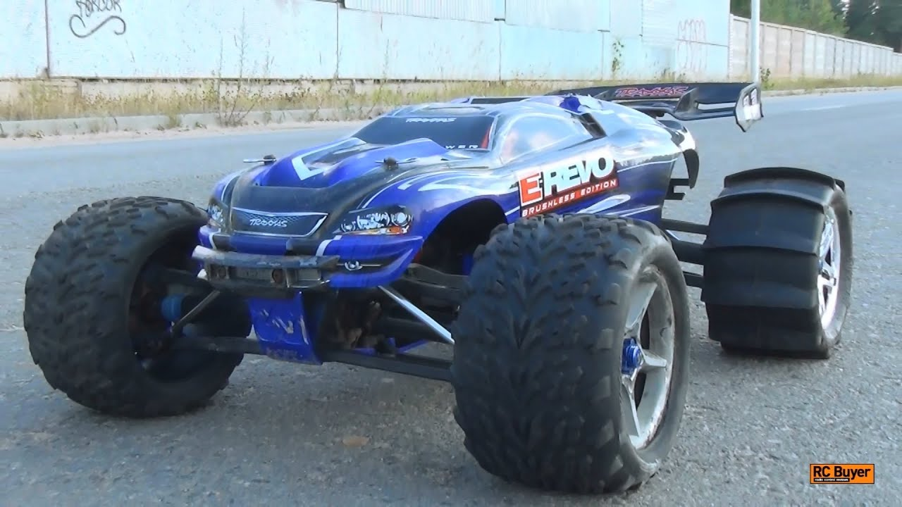 Traxxas E-Revo Brushless Edition - Unboxing & Review - YouTube