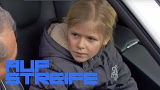 Kleines Mädchen am Steuer: Autounfall mit krassem Hintergrund | Auf Streife | SAT.1 TV