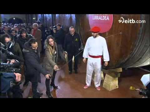 À Astigarraga, La Oreja de Van Gogh lance la saison du cidre