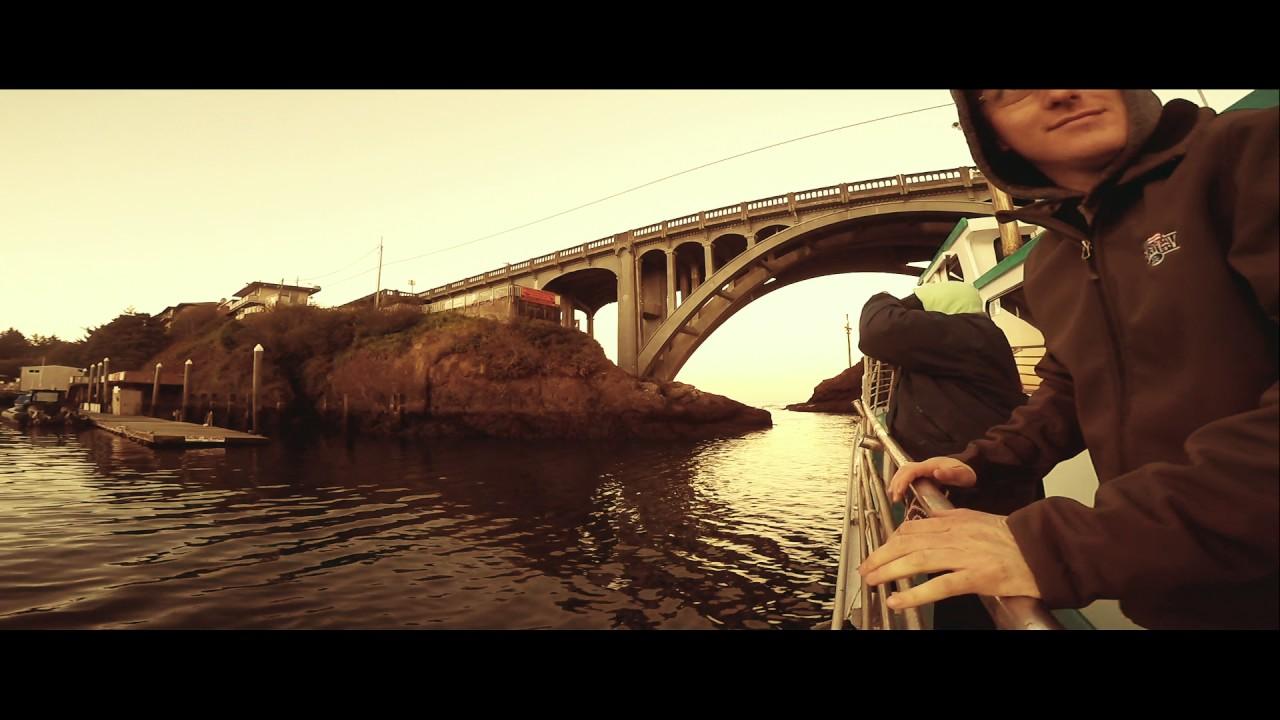 Depoe bay oregon fishing trip youtube for Depoe bay fishing charters