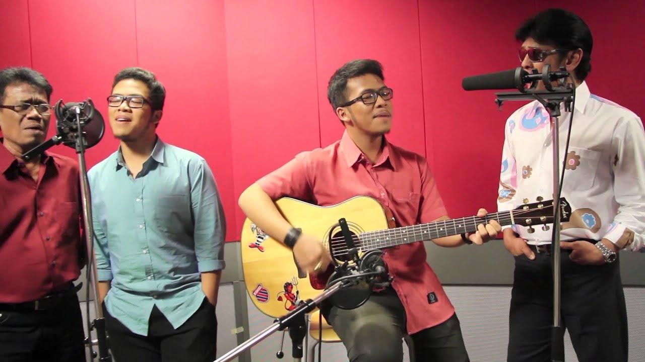 "Download Dato' Jamal Abdillah & Eddy Silitong - ""Lancang Kuning"" & ""Bunga Pujaan"" (LIVE)"